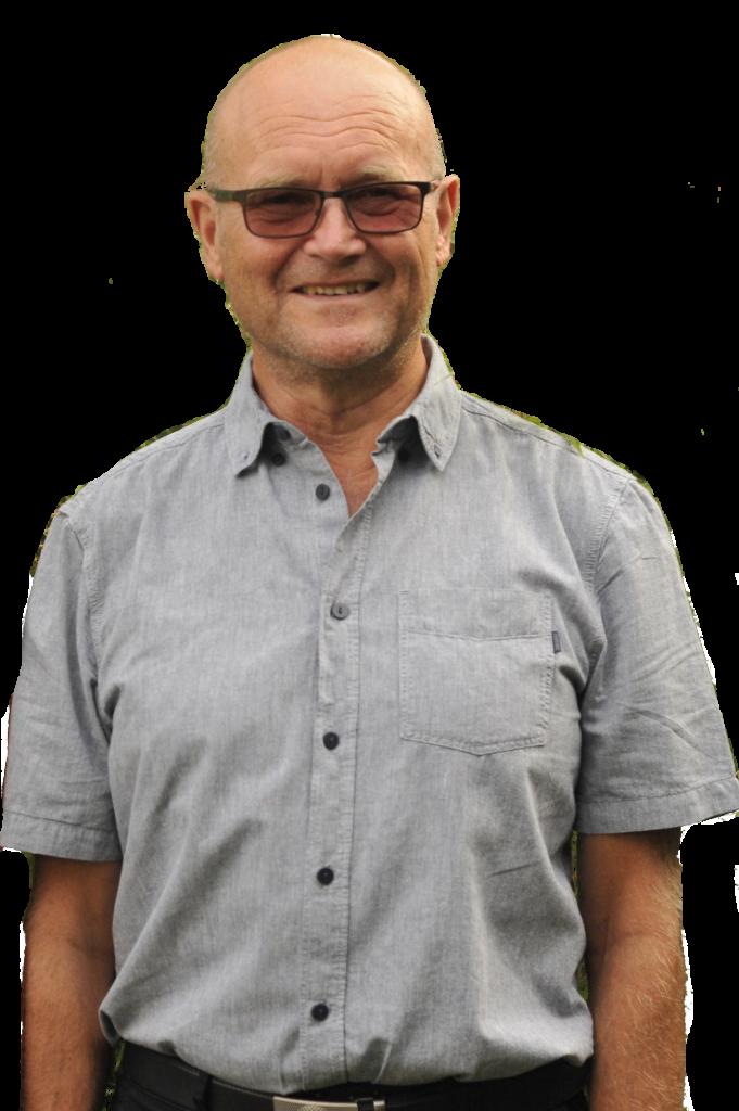 Bild på Gunnar Thim iklädd glasögon och grå skjorta.
